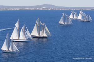 La Super Yacht Cup realiza una donación a Joves Navegants